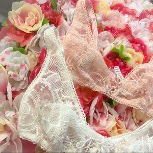 Victoria's Secret Intimates & Sleepwear - VS Dream Angels Bralette